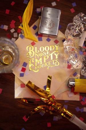 流血的鼻子,空空的口袋 Bloody Nose, Empty Pockets (2020)